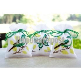 borduurpakket kruidenzakje (3 st.) groene vlinder/vogels