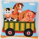 kruissteekkussen boerderij, tractor-kar met dieren-1